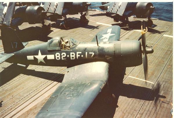 Corsair_F4U-61