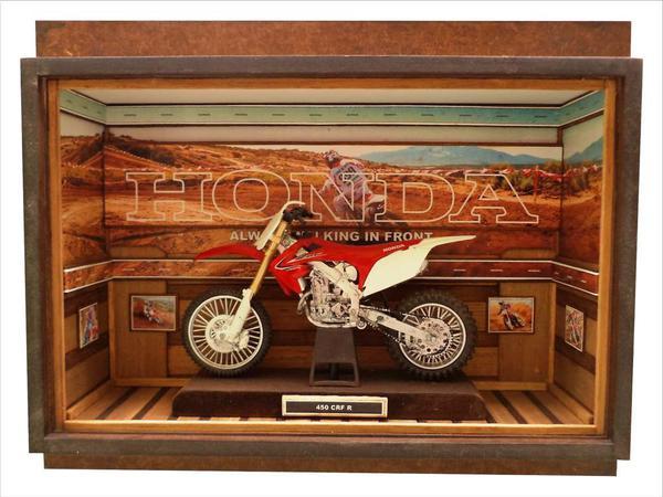 Moto Honda 450 CFR R - Quadro 1