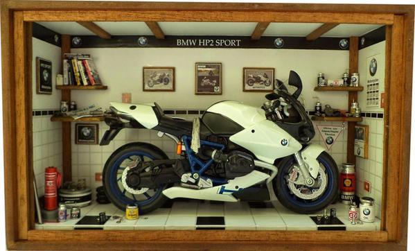 Oficina Moto BMW HP2 Sport - Mini Marron 01