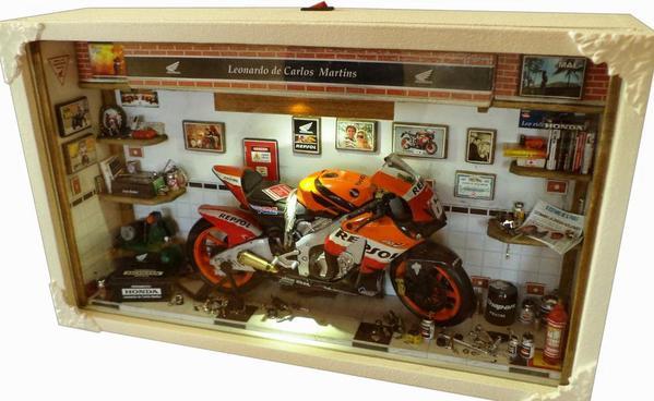 Alguns dioramas de motos de s rgio duarte webkits modelismo for Repsol oficinas