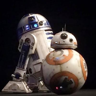 star-wars-7-force-awakens-r2d2-bb8