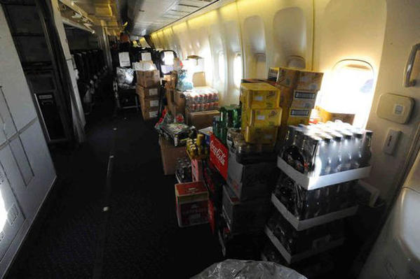 ed-force-one-2016-the-book-of-souls-tour-iron-maiden-boeing-747-400-6