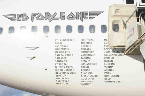 ed-force-one-2016-the-book-of-souls-tour-iron-maiden-boeing-747-400-10