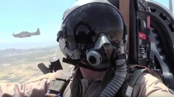 A-29 Super Tucano Cockpit Video - YouTube - Mozilla Firefox_2